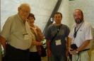 Benôit  Mandelbrot, Adèle (mujer de Benôit), Raúl Ibáñez, Antonio Pérez en el ICM2006, Madrid