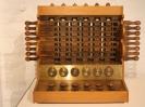 Réplica de la calculadora de Wilhelm Schickard de 1623